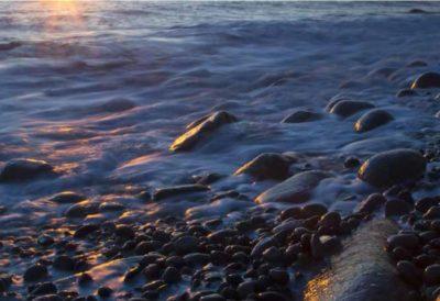 KLD fotostil, natur motiv eksempel 2, stein strand og vann