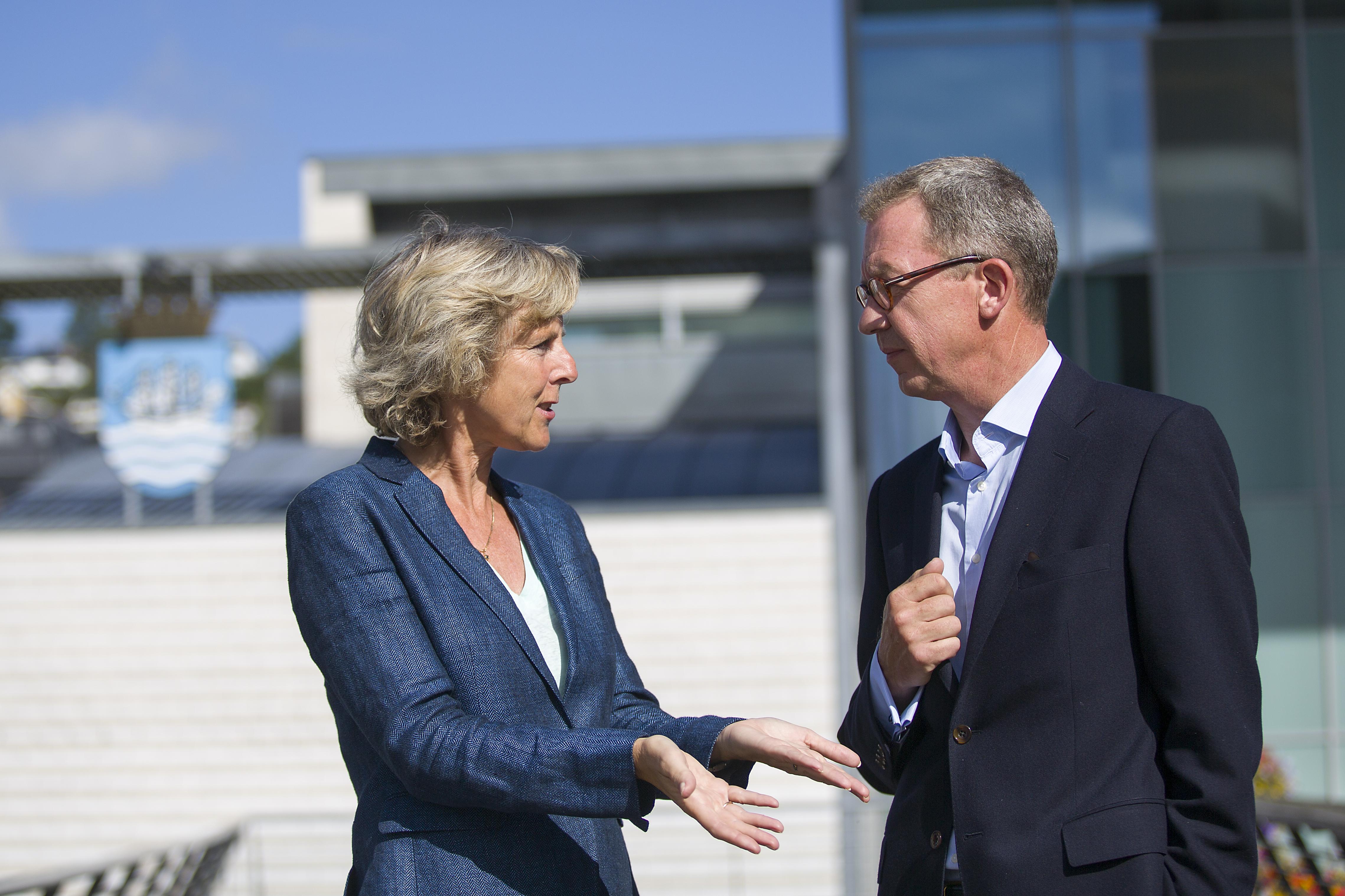 Connie Hedegaard og Idar Kreutzer er regjeringens ekspertutvalg for grønn konkurransekraft. Foto: Anne Elisabeth Scheen/KLD
