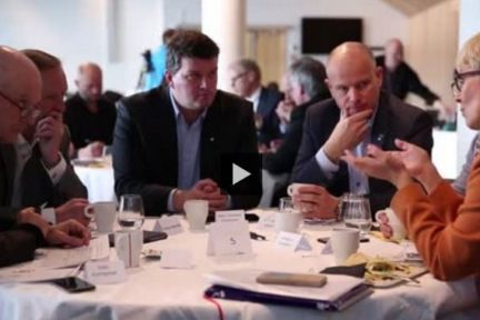 Regjeringens ekspertutvalg for grønn konkurransekraft, Norsk olje og gass, Norsk Industri og DNV GL inviterte til dialogmøte i Stavanger 29. februar 2016 om olje- og gassnæringens plass i et framtidig lavutslippssamfunn.